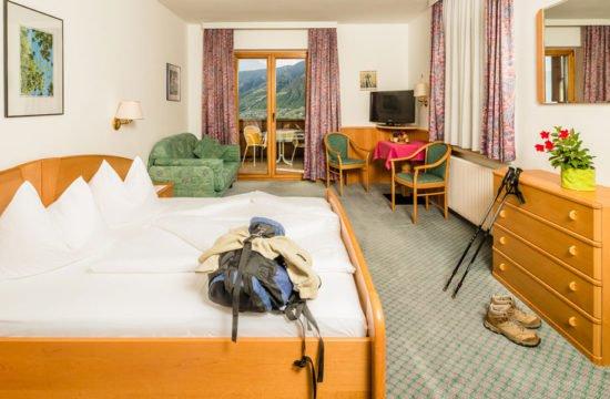 hotel-bellevue-dorf-tirol (27)