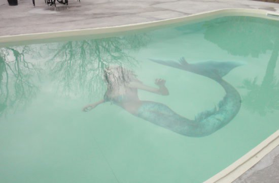 There is a new mermaid in our pool ;-)