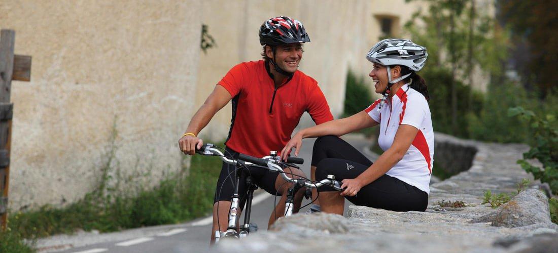 Bikeurlaub in Südtirol - Verführerische Radwege für Mountainbike-Reisen, Genussradler und E-Biker