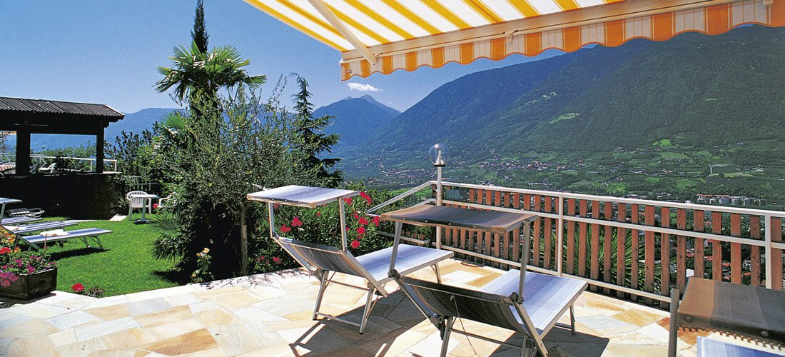 Our sun patio – your balcony seat atop Merano and Environs